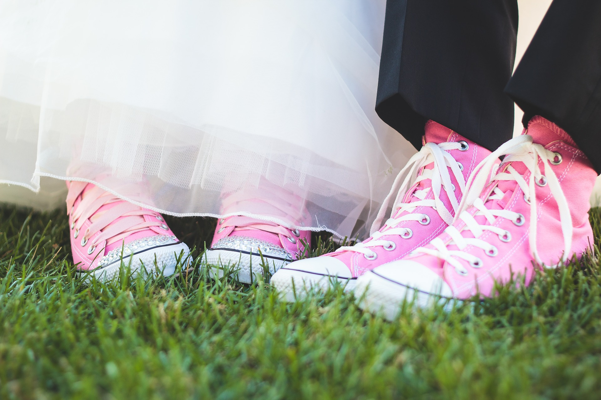 pink-shoes-3929360_1920